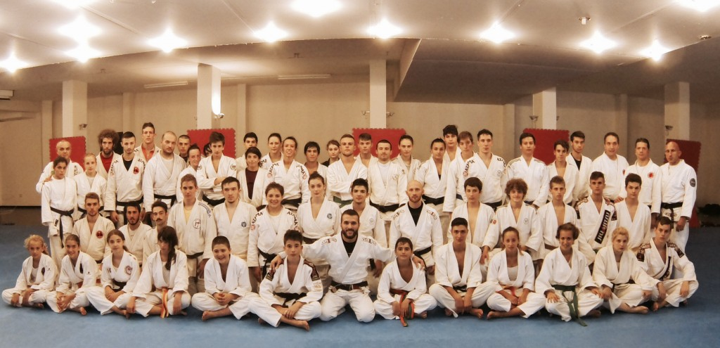 Prof. Marcel in seminario di Brazilian Jiu Jitsu / Ne Waza a Trevi, organizzato dalla AIJJ.